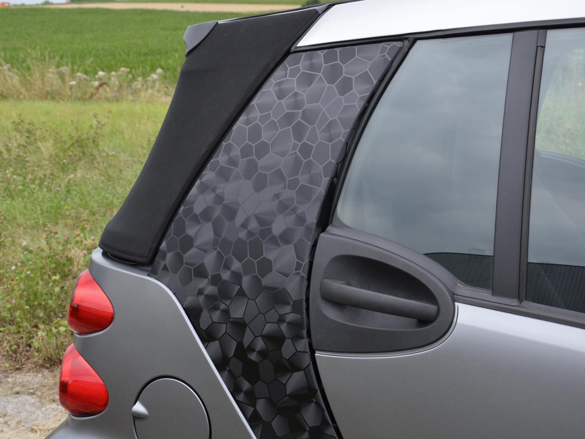Auto folie 3d schwarz selbstklebend 1 for Designfolie selbstklebend